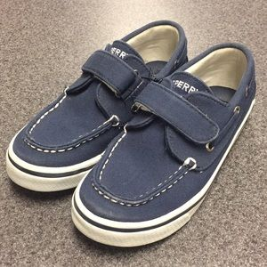 Boy's Sperry Topsider shoes
